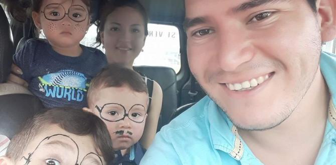 John Jaramillo vive en el Puyo con su esposa y tres hijos.