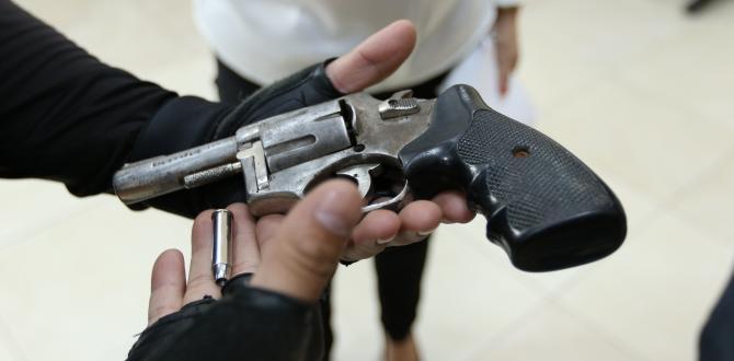 Esta es el arma de fuego que se le encontró al supuesto delincuente.