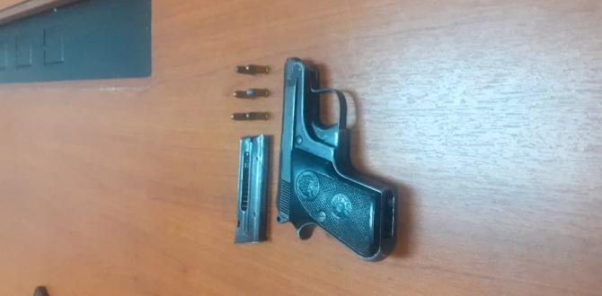 Con esta arma de fuego se paseaba por el sur de Guayaquil.
