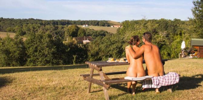 turismo-naturista-nudista-wandering