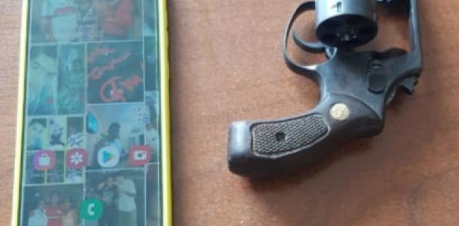 Las evidencias halladas a los detenidos. El arma estaba escondida en la cintura del pantalón del adolescente.