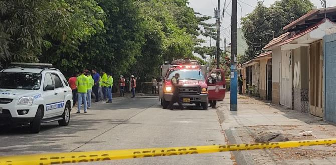 Bomberos y Policía realizaron la tarea de rescate del cadáver.