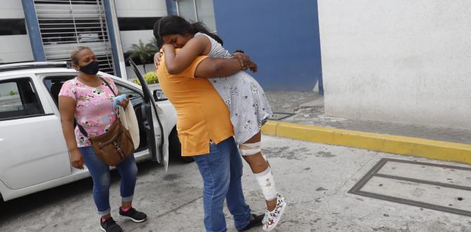 Por el dolor a consecuencia de las heridas la joven no podía caminar.