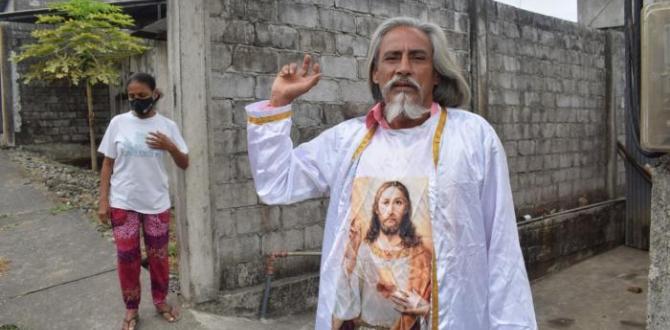 Luis Gerardo Guerra, de 56 años, es conocido en el cantón Quevedo por autoproclamarse redentor. Se lo conoce como el Mecías