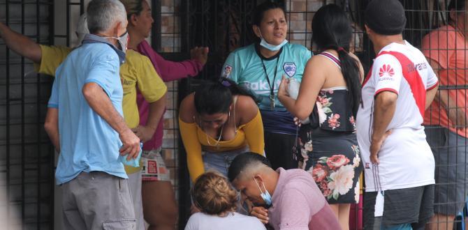 Familiares estaban consternados el suceso que arrebató la vida de su ser querido.
