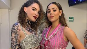 Danna Paola y Belinda se vistieron de la misma forma.