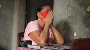 Ana Tola no pudo contener las lágrimas al hablar de los momentos amargos que vive al no encontrar el cuerpo de su esposo.