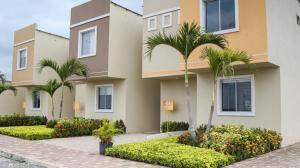 Villa Geranio está ubicada en el kilómetro 23 de la Vía a la Costa.