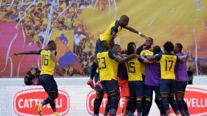 Ecuador vs. Uruguay(32622088)