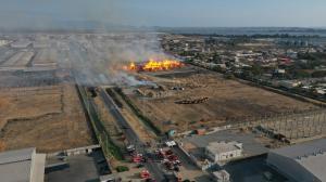 El incendio que afectó Procarsa, en Durán.