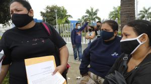 La mamá y las hermanas del joven fallecido presentaron la denuncia en la Fiscalía.