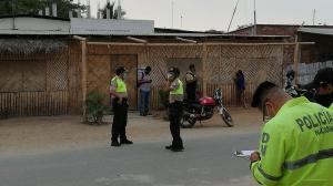 La policía llegó al sitio para hacer las investigaciones.