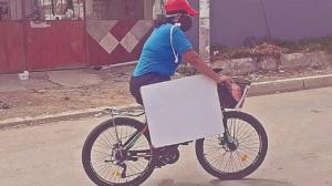 maestra en bici