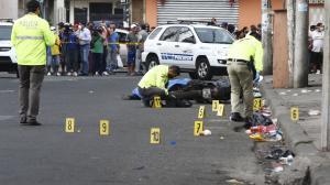 En el sitio donde fue asesinado el guardia de seguridad Jonathan Saavedra se encontraron 11 indicios balísticos. Él recibió dos tiros.