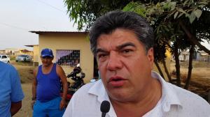 Mendoza es abaleado luego de salir de una entrevista.