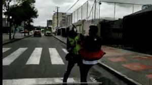 Agente y taxista