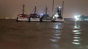 Las embarcaciones estaban a la deriva. Ahora están siendo custodiadas.