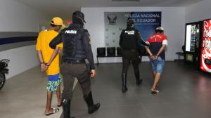 Detenidos por robo en (32994621)