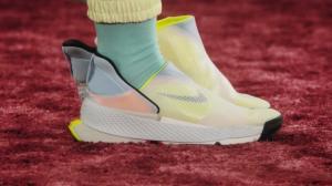 Las zapatillas de Nike pueden ponerse sin usar las manos.