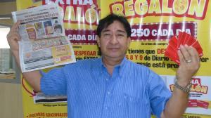 Jorge Bonilla corrió a las instalaciones de diario EXTRA para reclamar su premio.