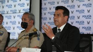 Rueda de prensa del ministro Pazmiño junto al comandante general de Policía sobre caso Efraín Ruales.