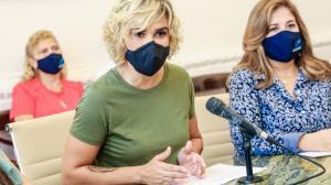 La alcaldesa Cynthia Viteri en la rueda de prensa en la que anunció el proceso de vacunación.