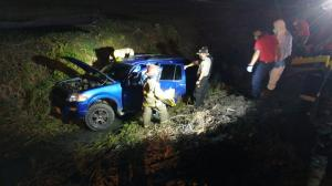 Los cuerpos de Denisse Gamboa y su madre Doris Labre quedaron  dentro de este vehículo.