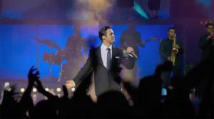 Diego Boneta mostró un pedacito de la serie Luis Miguel.