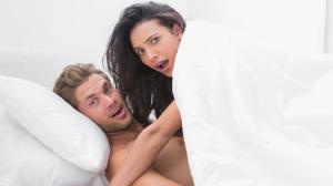 Hay varias maneras para disfrutar de la sexualidad en pareja con niños en casa.