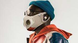 Crean mascarilla con audífonos incluidos.