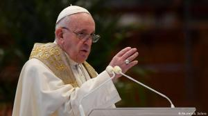 El Papa Francisco dice que hay que evitar las ideologías.