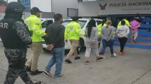 Los sospechosos fueron puestos a órdenes de las autoridades.