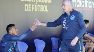 Tricolor-Gustavo-Alfaro-eliminatorias