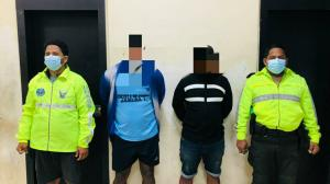 A los dos sospechosos detenidos por policías, les dictaron medidas cautelares.