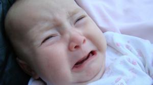 Bebé fue arrojado a un barranco, en Bolivia.