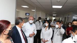 Alfredo Borrero visitó el hospital Los Ceibos.