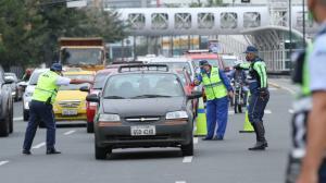 Se podrá conducir sin licencia en Guayaquil.