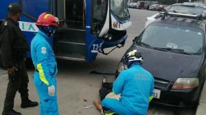Paramédicos llegaron para socorrer a la víctima, pero ya no tenía signos vitales.