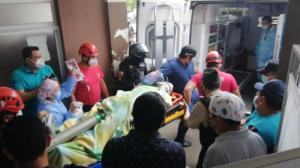 El uniformado fue agredido mientras esperaba el cambio de semáforo, durante su patrullaje en las calles de Quevedo