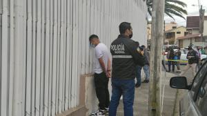 Los sujetos fueron detenidos, en Loja.