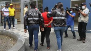 a madre de la niña de 11 años fue detenida la madrugada de ayer.