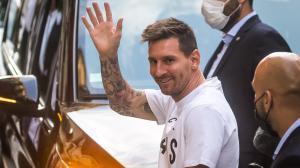 Lionel Messi Arrives T (6874949)