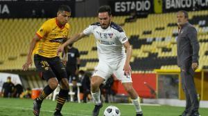 Barcelona está perdiendo ante Liga de Quito.