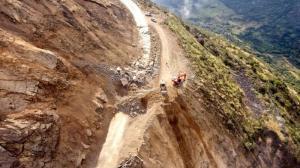 Ministerio de Transporte y Obras Públicas declara en emergencia el kilómetro 49 de la vía Cuenca – Molleturo – El Empalme.