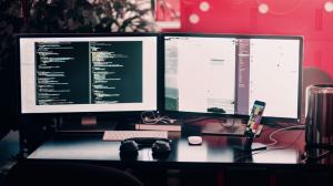 programadores y analistas de datos son otros de los talentos que se busca fortalecer.