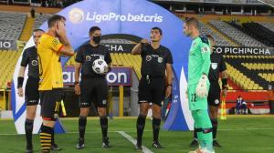 LigaPro-árbitros-sueldos-paro