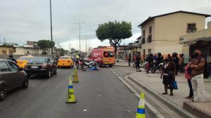 Un muerto y un herido dejó accidente de tránsito en la vía a Perimetral de Guayaquil