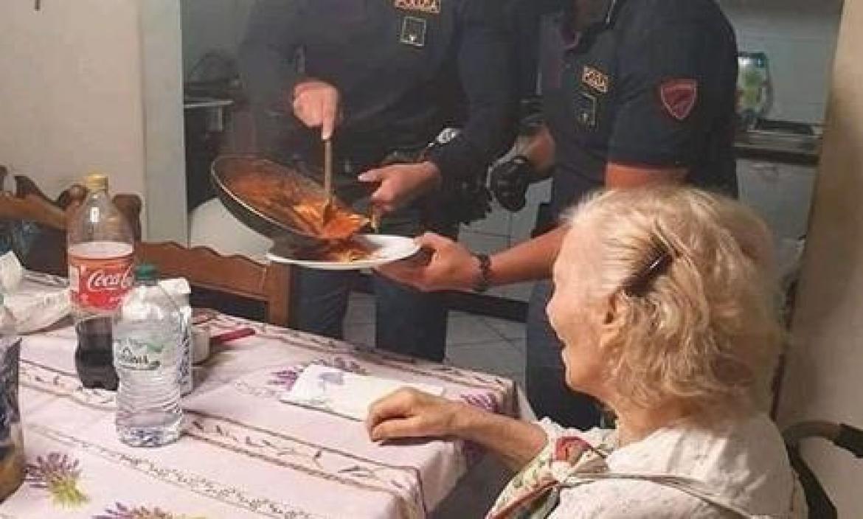 anciana italia