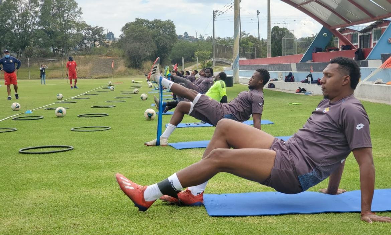 el-nacional-entrenamiento-tumbaco