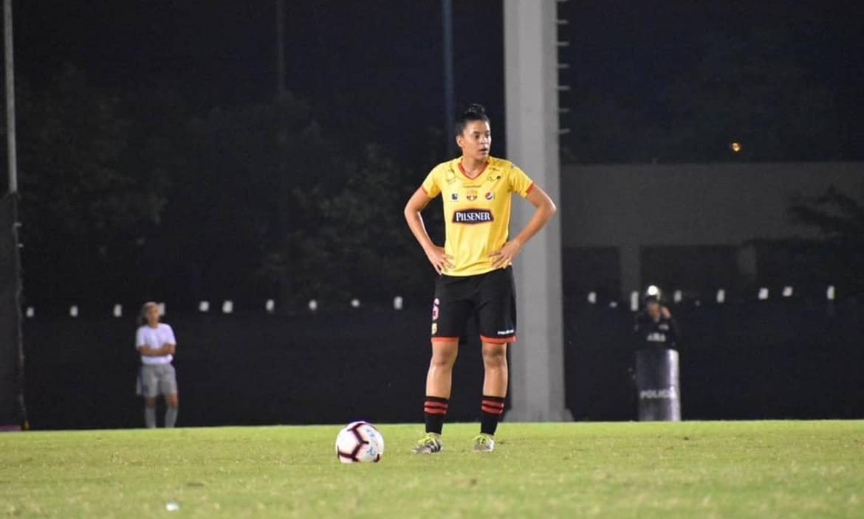 Cañas-fútbol-femenino